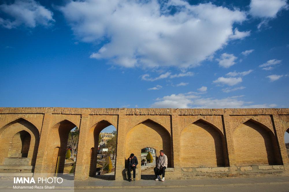 هوای اصفهان سالم است/ کاشان در وضعیت نارنجی