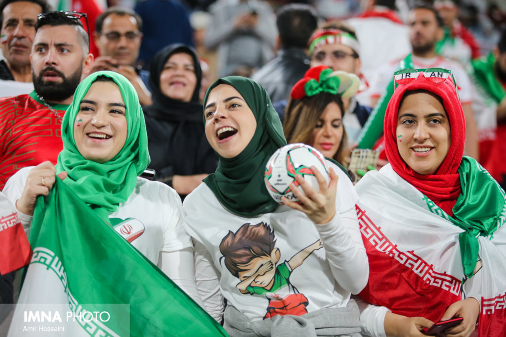 زنان ایرانی دوباره به ورزشگاه میروند؟