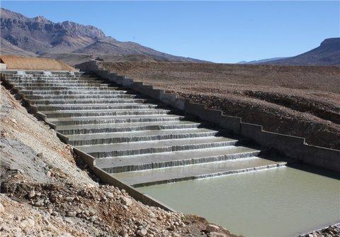 آبخیزداری در بالادست مانع از جاری شدن زاینده رود است