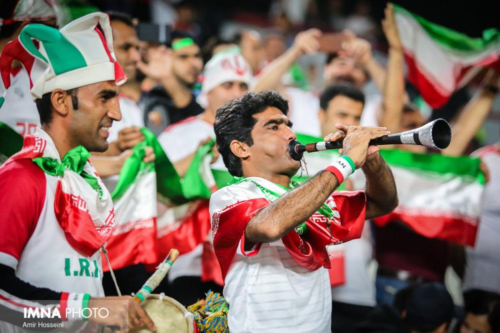 ژاپن عیار ایران را مشخص می کند/ بازیکن حرفهای با مردم متفاوت است