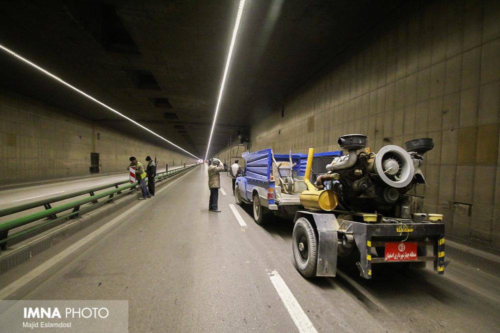 عملیات ترمیم و بهسازی تونل شهید آقاخانی کلید خورد/ پایان کار ۱۵ اسفندماه