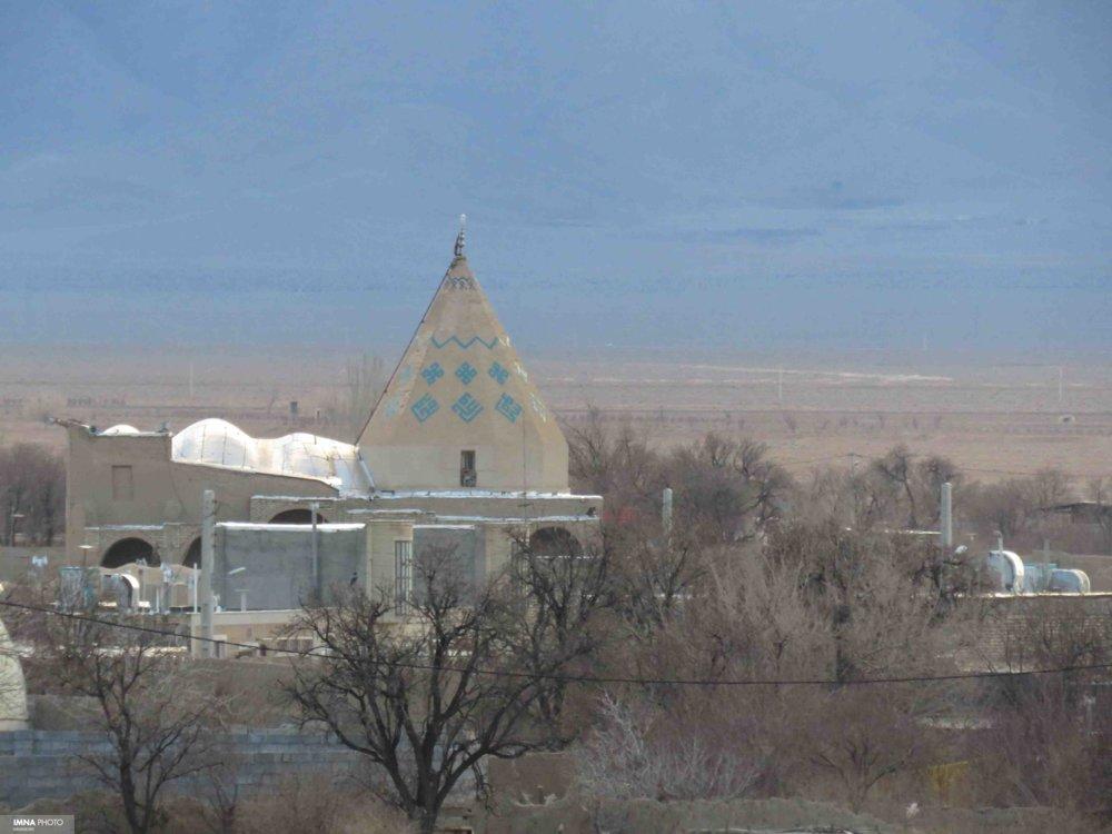 شهر ملی سفال در ابتدای راه گردشگری