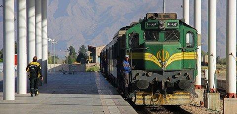 برخورد جوان ۲۱ ساله با قطار در کرج