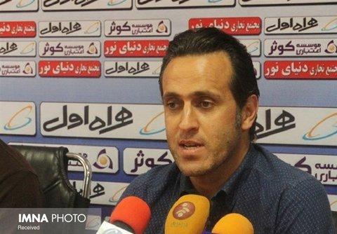 علی کریمی از ایران رفت