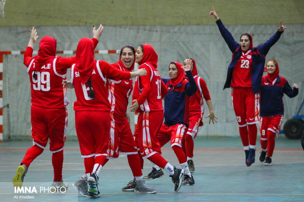 تیم های صعود کننده به مرحله نیم نهایی لیگ بسکتبال بانوان مشخص شدند