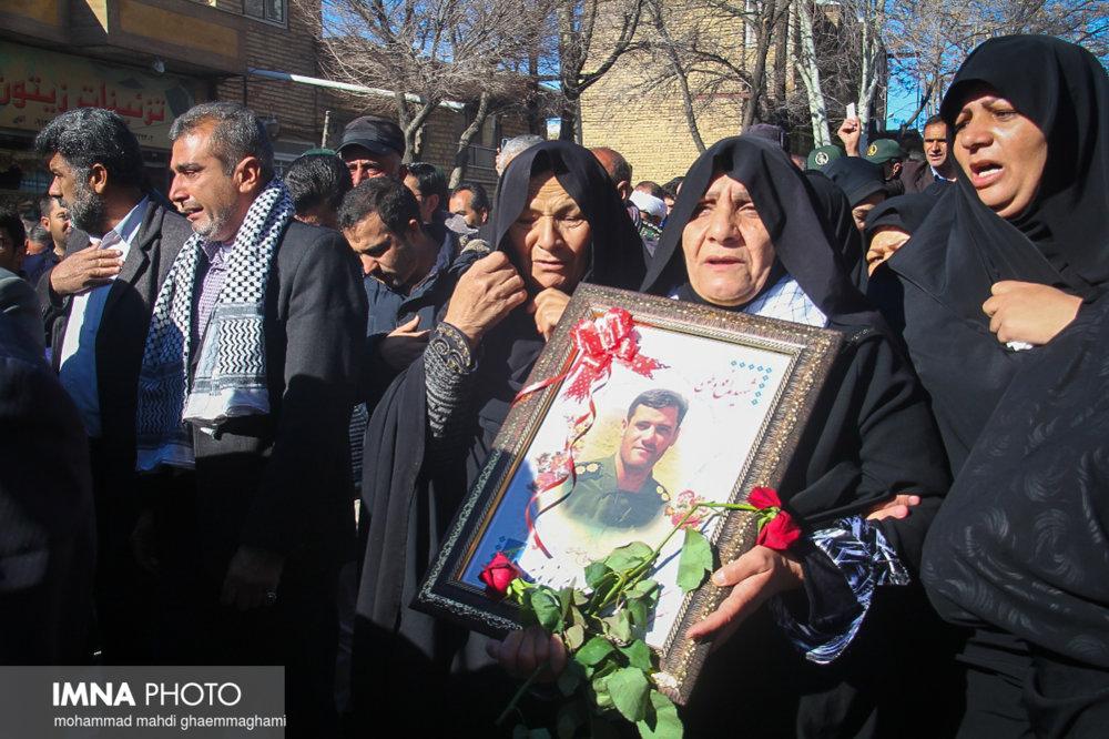 تشییع و تدفین شهیدان مدافع وطن در سمیرم