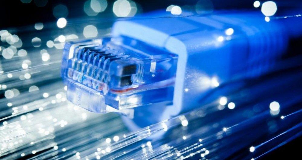 عملیات اجرایی اتصال سازمان فاوا سمنان به شبکه فیبر نوری شهری