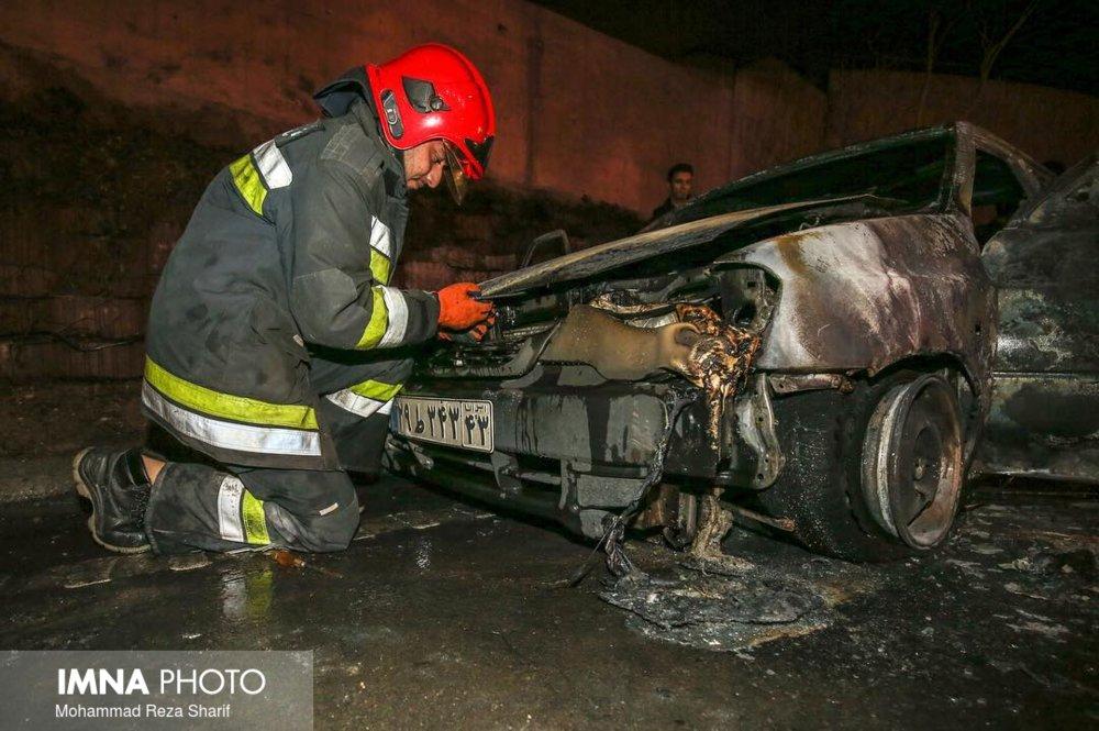 واژگونی خودرو ولکس در آستارا ۳ مصدوم برجای گذاشت