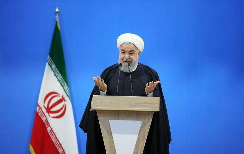 روحانی: تهدیدات آمریکا دو ساعت هم دوام نداشت