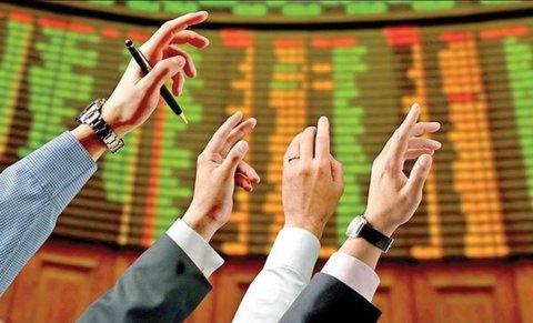 آرامش سیاسی مهمترین عامل رشد بازار سرمایه است/ شرکتهای کوچک در حباب