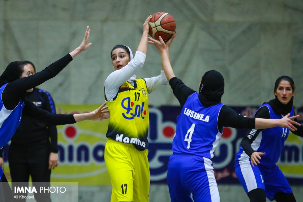 باخت دختران بسکتبالیست نامی نو مقابل گروه بهمن