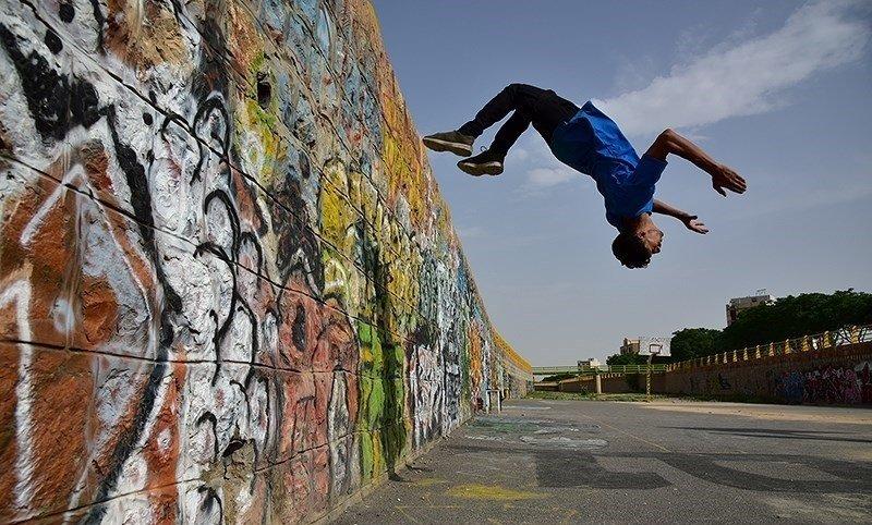رقابت پارکورکاران در جشنواره زایندهرود