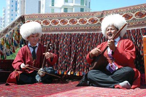 Turkmen Artists to Perform in Iran's Kish Island during Nowruz
