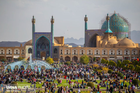 Isfahan, heartland of art and culture, screens Cinema Vérité films