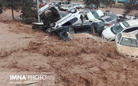 Flash floods take lives of at least 19 in Shiraz