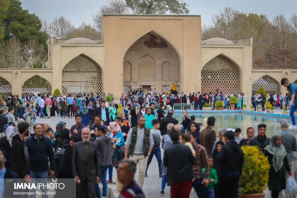 بیشترین تعداد مسافران نوروزی اصفهان از کدام استانها هستند؟