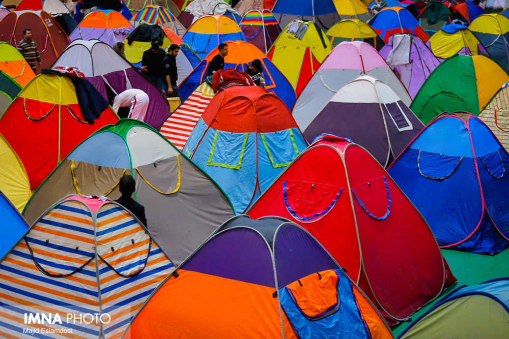 جمعآوری ۶۱ چادر مسافرتی در شهر اصفهان