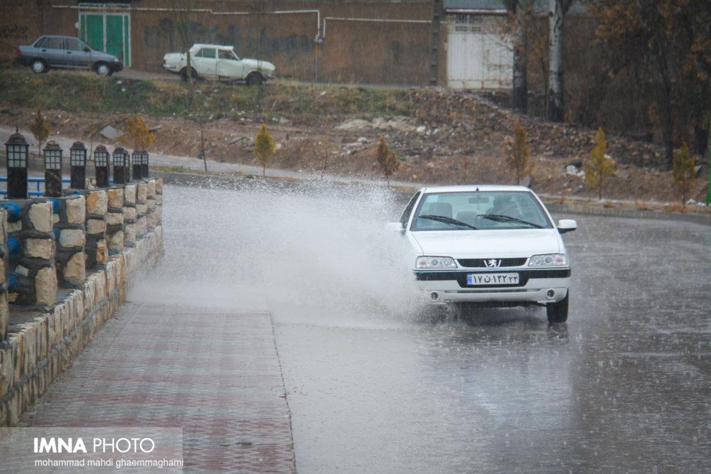 پیش بینی بارشهای ۵ روزه در اکثر مناطق کشور / هشدار وقوع سیل در ۶ استان