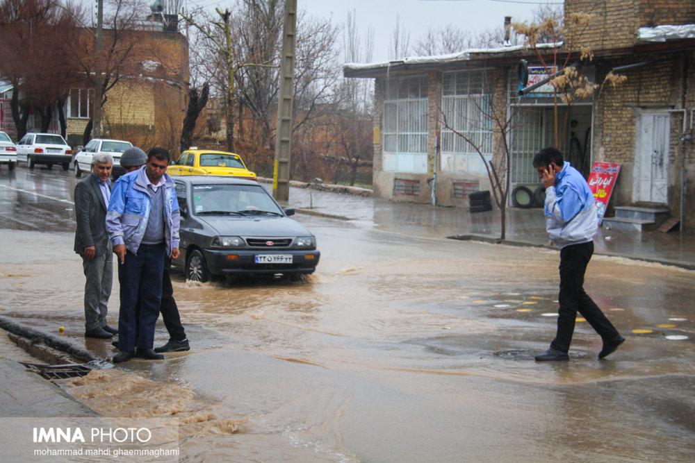خوزستان باران بارید، ۱۹۶۴ بیمار تنفسی راهی بیمارستان شدند