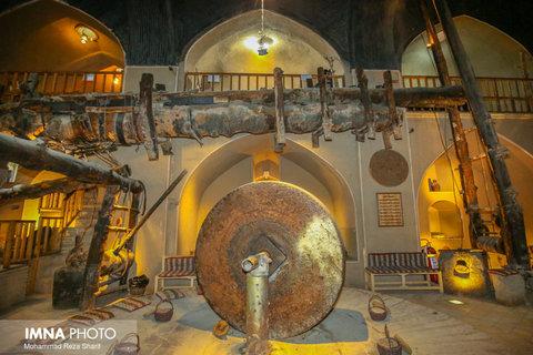 موزه عصارخانه شاهی