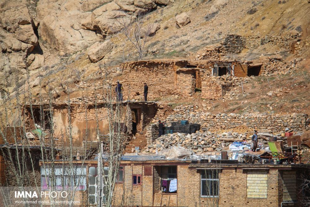 خسارت ۱۰۰۰ میلیاردی سیل در سمیرم/ بیش از ۱۵۰۰ واحد مسکونی نیازمند بازسازی و تعمیر
