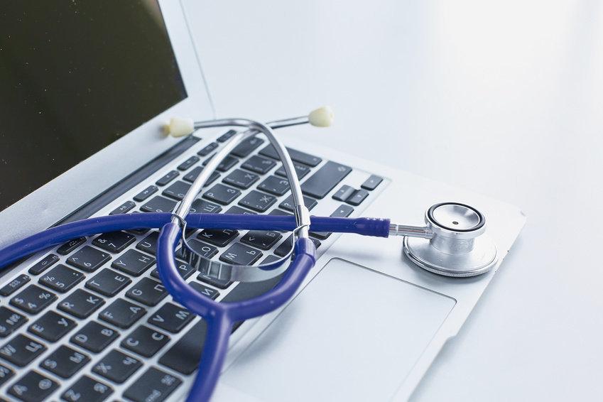 بیش از ۴۰۰ شکایت از خطاهای پزشکی سال گذشته/آمار دقیق خطاهای پزشکی استان اصفهان را نداریم