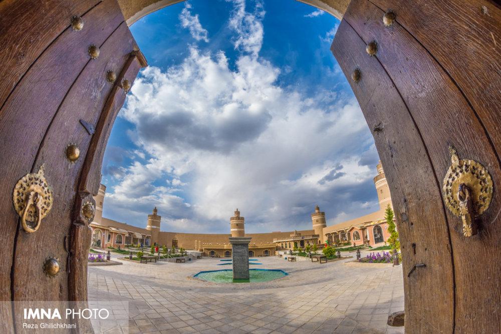 نجف آباد میزبان مسافران نوروزی