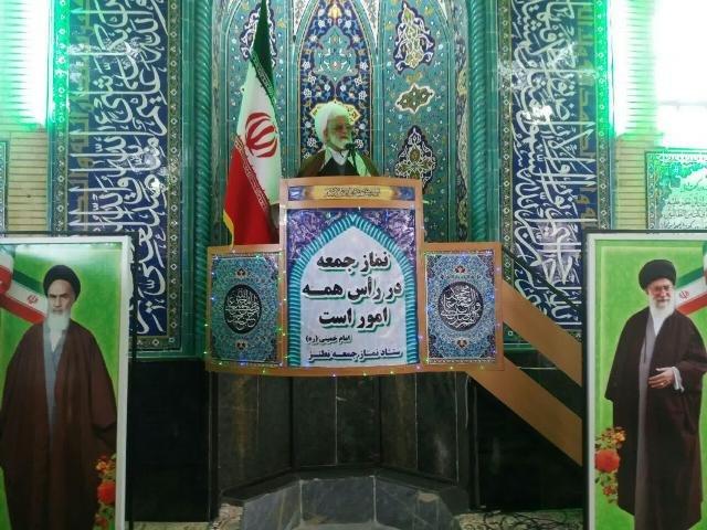 تشکیل هستههای جهادی برای رفع محرومیت از افتخارات سپاه و بسیج است