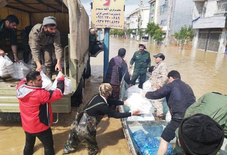 استان اصفهان در کمک به سیل زدگان رکورد زد