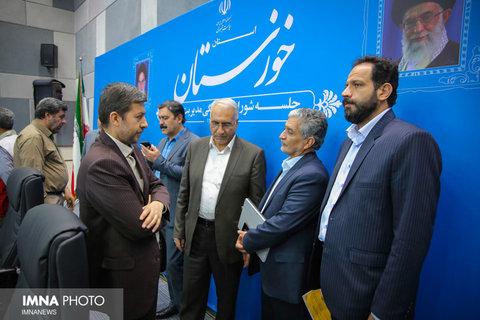 حضور شهردار اصفهان در مناطق سیلزده استان خوزستان