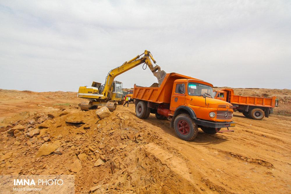 اعزام تیم واکنش سریع دانشگاه علوم پزشکی کاشان به مناطق سیل زده خوزستان