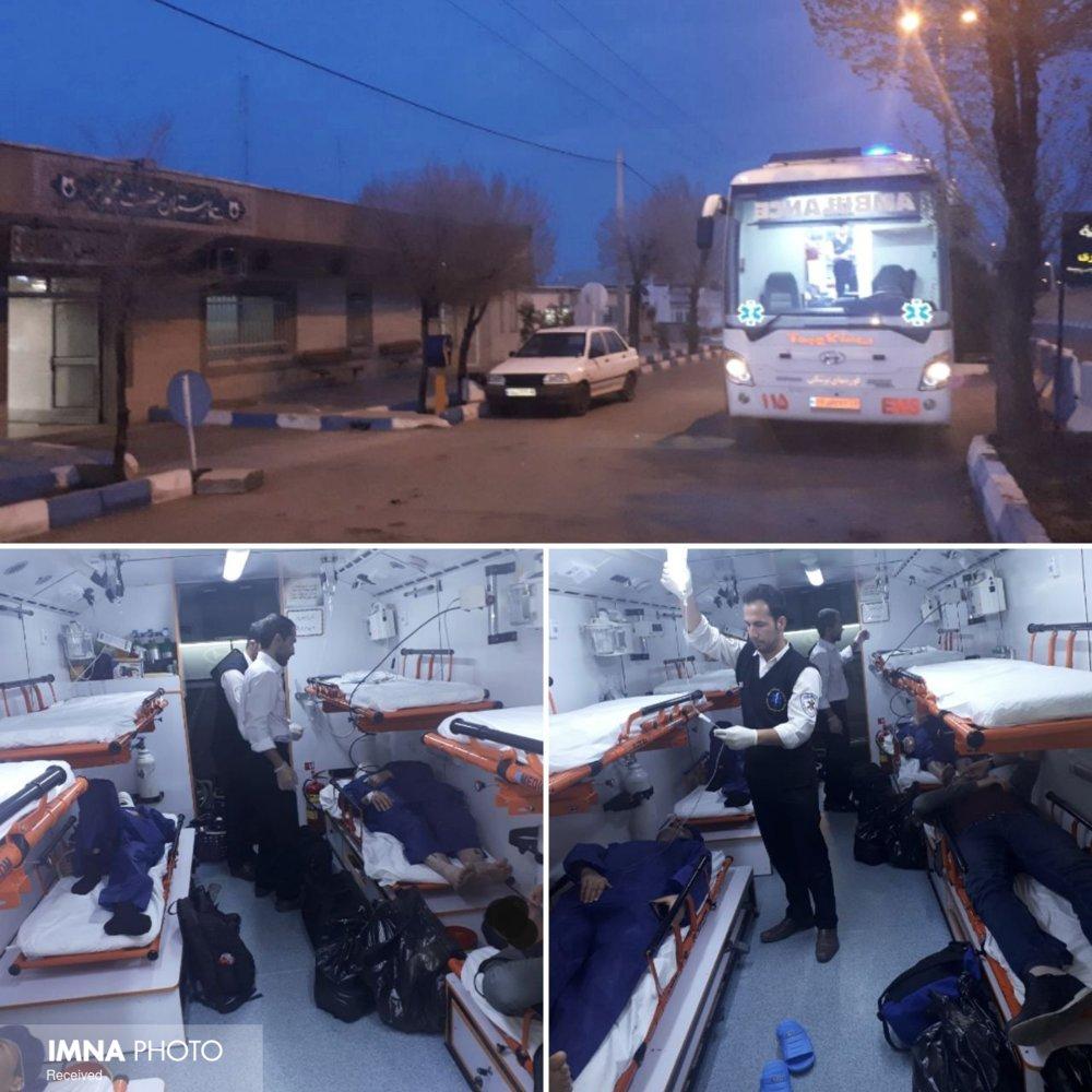 واژگونی اتوبوس تهران -شیراز یک کشته و ۱۸ مصدوم داشت