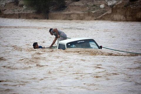 Devastating Floods Reinforced Shiite-Sunni Unity in Iran