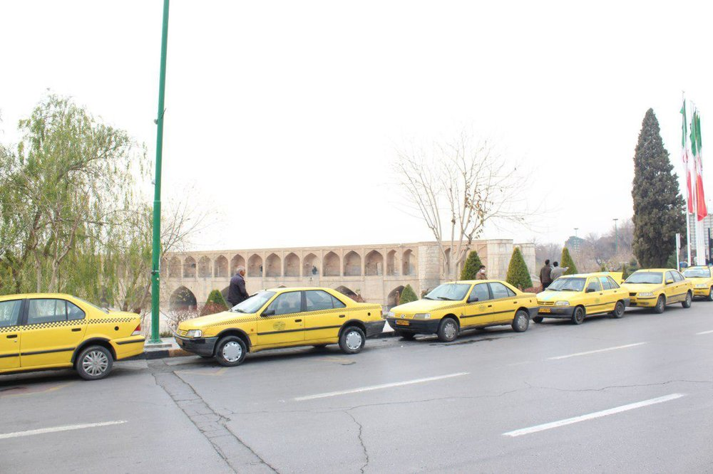 حذف سهمیه سوخت تاکسیهای فاقد پروانه از اول اسفند