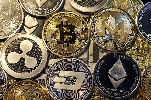 نوسان قیمت ارزهای دیجیتال امروز ۱۸ شهریور ماه + جدول