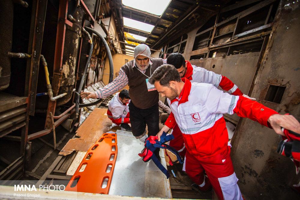 خروج قطار همدان - مشهد از ریل