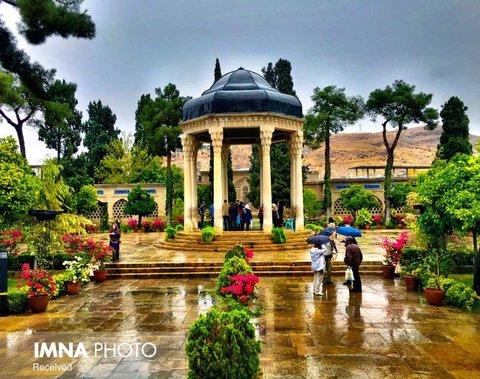 به شیراز آی و خاک ما ببوی + فیلم