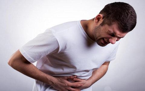 سکسکه و دردهای مبهم شکمی جدیدترین علائم کرونا هستند