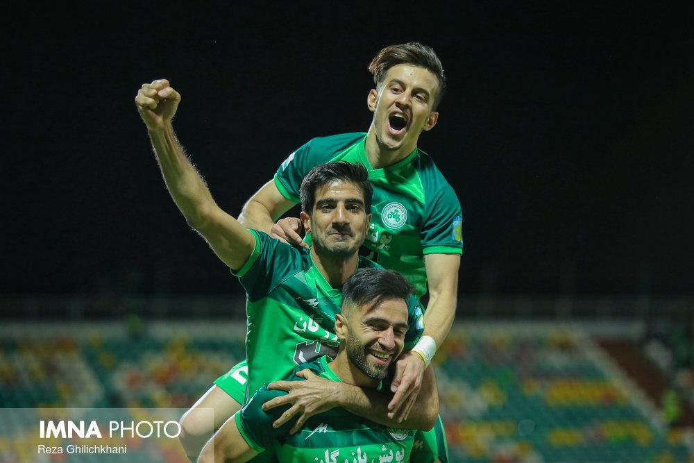 دیدار تیم های ذوب آهن و فولاد خوزستان
