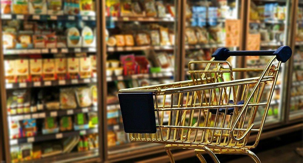 تفاوت قیمت در مغازهها قابل قبول نیست