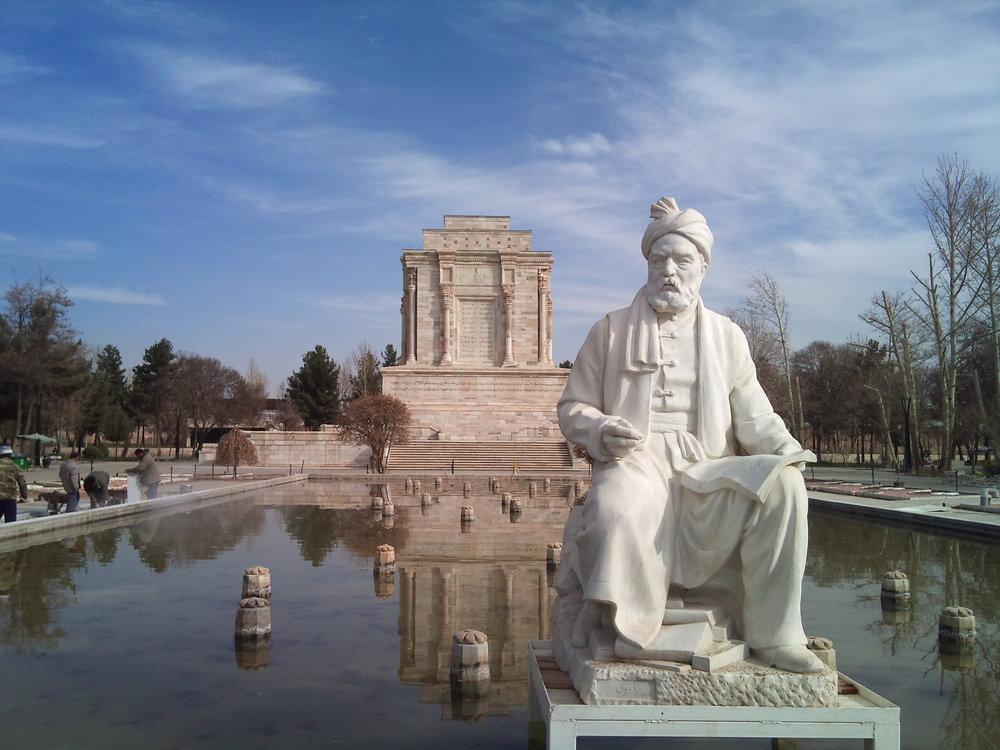 فردوسی به زبان و فرهنگ ایرانی جاودانگی بخشید