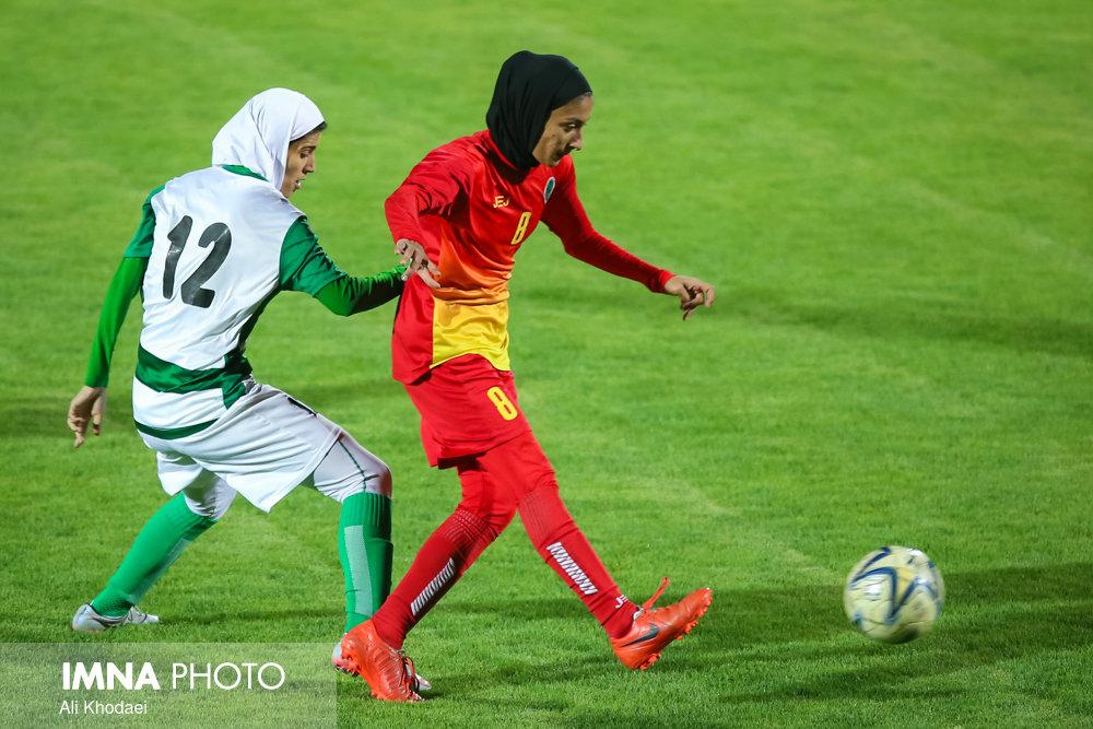 قدرت نمایی تیمهای اصفهانی مقابل حریفان خود