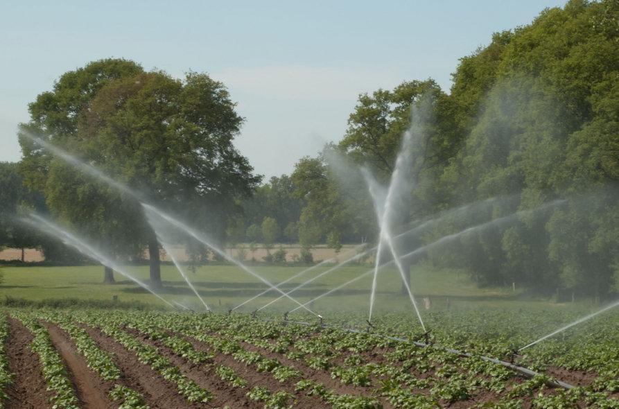 اضافه شدن دو منبع آب به شبکه آبیاری اصفهان