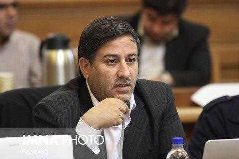 شورای شهر تهران وظیفه دارد از نام شهدا حراست کند