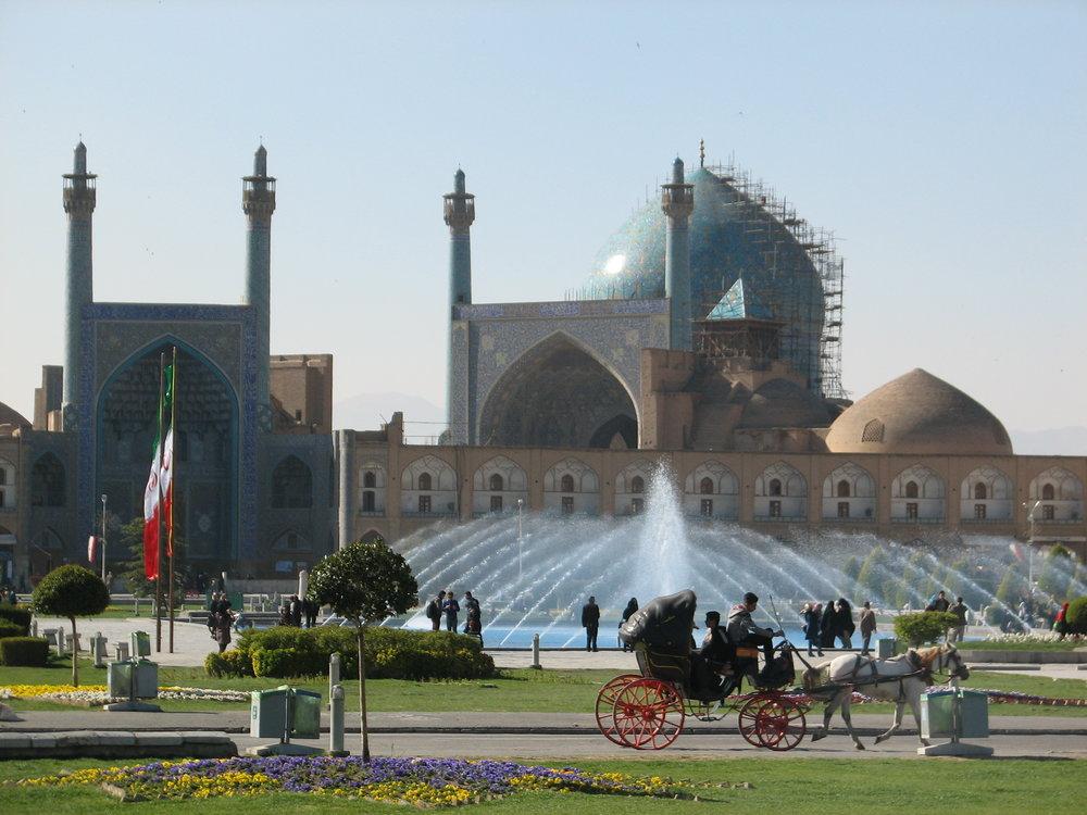 خیزش دوباره گرد و خاک در اصفهان از شنبه شب