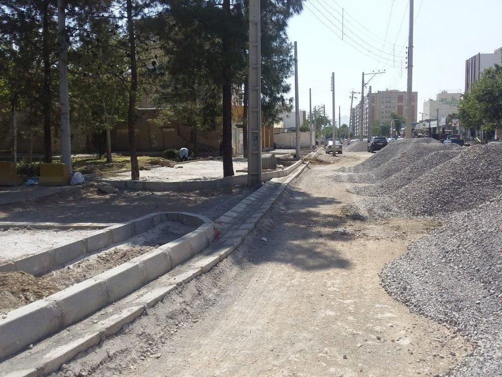 پیشرفت ۵۰درصدی پروژه پیادهروسازی خیابان پروین و صباحی