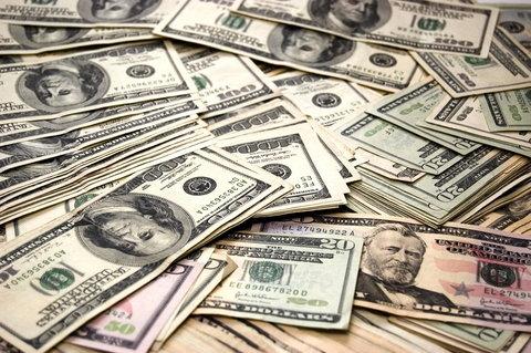 بازگشت دلار به کانال ۱۲ هزار تومان در امروز ۱۷ تیرماه +جدول