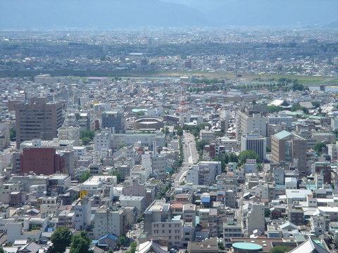 «شهر» عرصه زندگی یا تردد؟