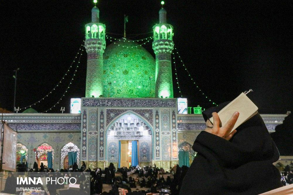 احیای شب بیست و یکم ماه مبارک رمضان در شهرضا