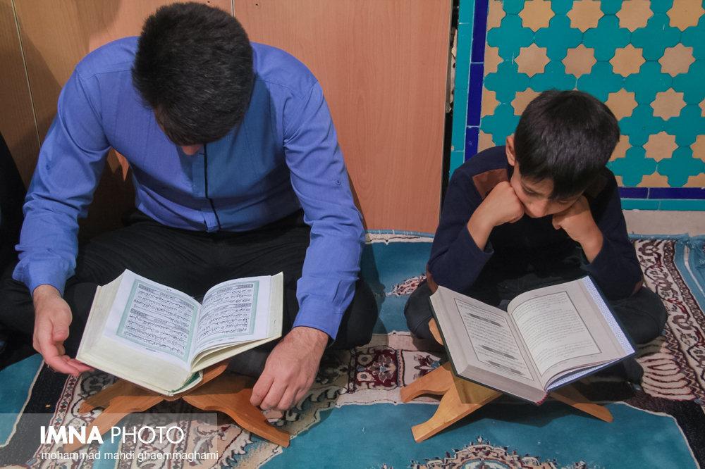 احیای شب بیست و سوم ماه رمضان در سمیرم